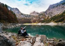 4 Reasons Why Hiking is a Great Date Option in 2021