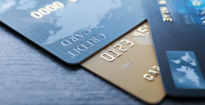 4 Things You Need to Consider When Choosing a Credit Card – 2021 Guide