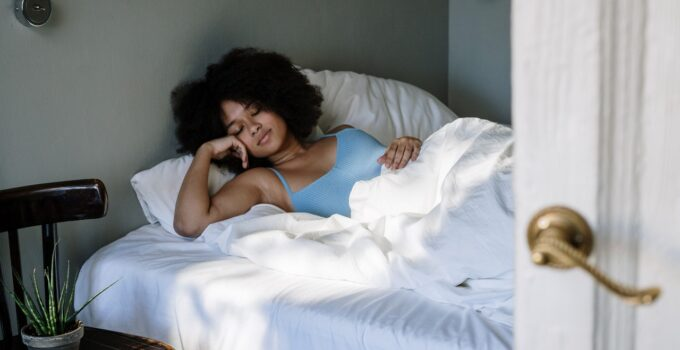 5 Ways A Poor Diet Can Affect Your Sleep