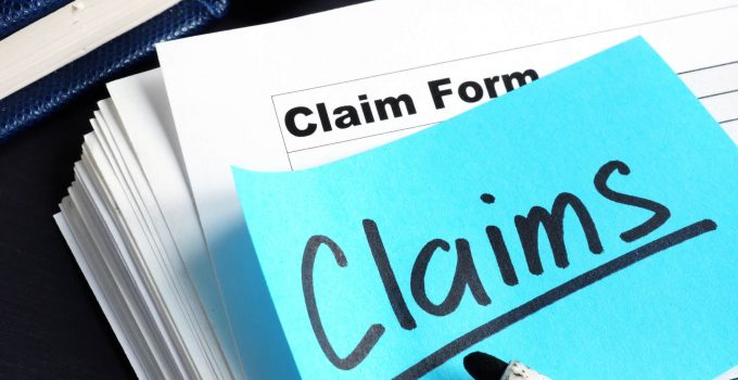 Why Should You Hire A Public Insurance Claim Adjuster To Settle Insurance Claims?