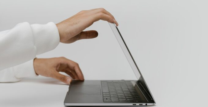 Cases When Refurbished Laptops are Worth Buying