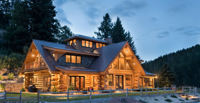 The Difference Between Log and Timber Homes in 2021