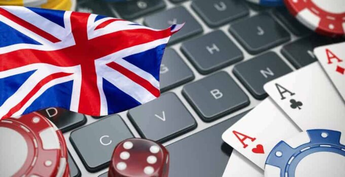 Why Online Poker is Booming During the Lockdown in the UK