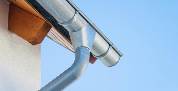 7 Questions to Ask When Hiring a Gutter Installation Company in 2021