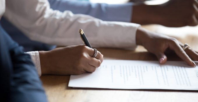 4 Easy Ways Your Business Can Improve Contract Management