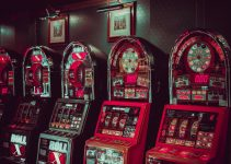 Why are Famous Vegas Slots So Different from Other Casino Games?