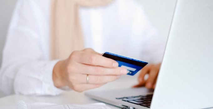 Tricks That Can Help you Get More Discounts on Online Shopping in 2021