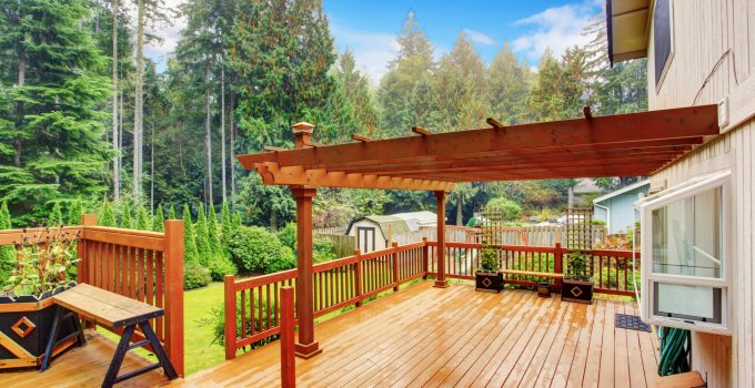 5 Tips for Choosing the Perfect Deck Finish in 2021