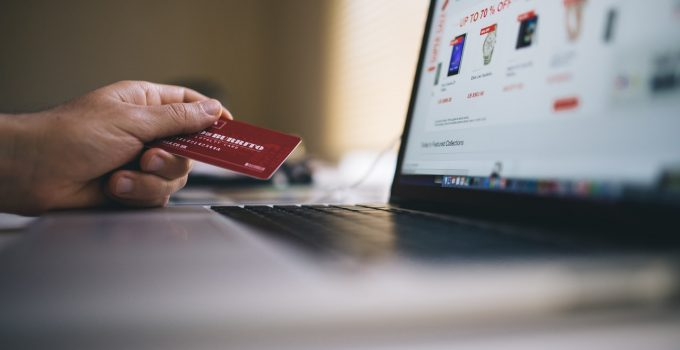 Top 6 Reasons Why You Need A Custom Ecommerce Website