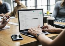 Easy Ways to Build Your Business Email List