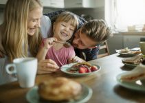 7 Tips for Teaching Your Kids About Organic & Healthy Eating