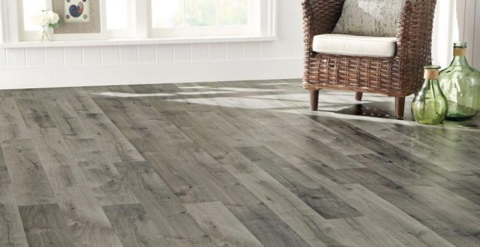 5 Signs Your Home Needs New Floor – 2021 Guide