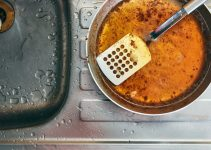 6 Tips for Preventing Grease Buildup in Your Kitchen Sink