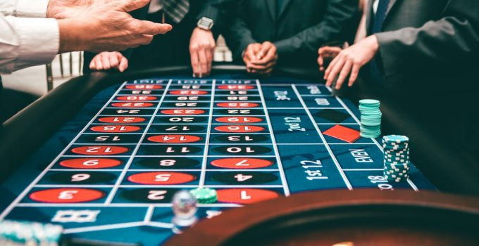 How to Host an Authentic Casino-Themed Party – 2021 Guide