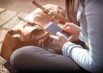 How Smartphones Have Changed the Adult Entertainment Industry