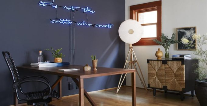 Reasons to Update your Office Space with Neon Signs