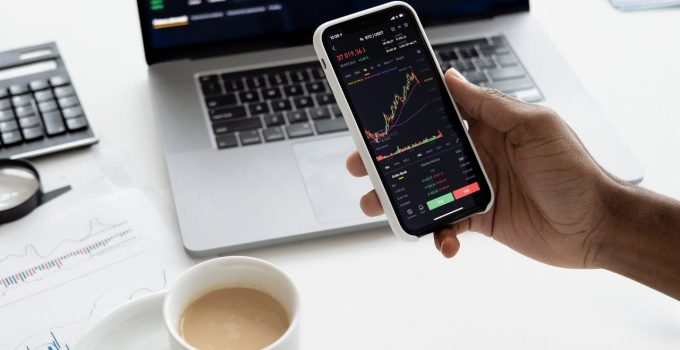 How Does an Automated Market Maker Works – 2021 Guide