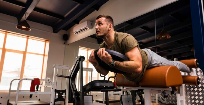 3 Benefits Of Reverse Hyperextension For Your Back Problems