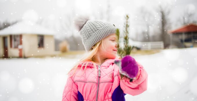 10 Ways To Keep Your Kids Entertained During Winter