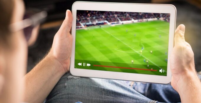 Top 8 Apps to Enjoy Hassle-Free Sports Streaming in 2021