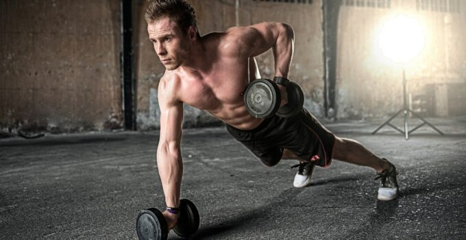 8 Ways to Build Muscle Mass in 2021