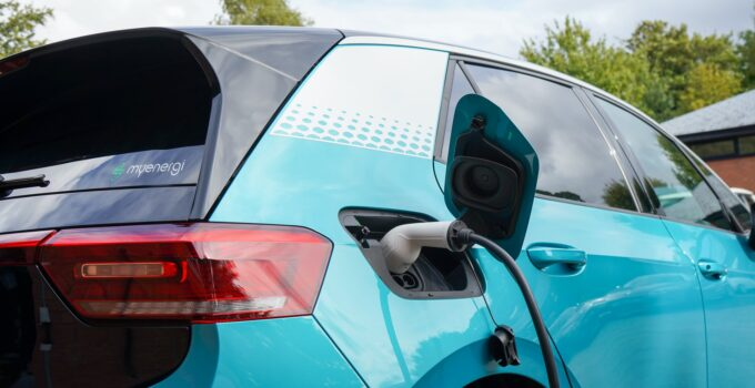 Why Electric Cars Are Better Than Fuel Cars?