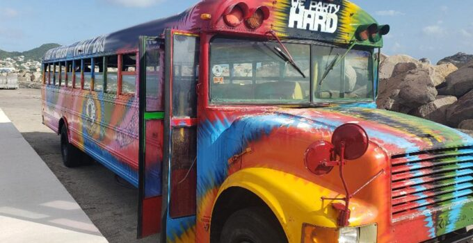 5 Things You Should and Should Not Do When Renting a Party Bus
