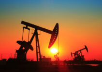 3 Main Factors That Affect the Price of Oil & Gas