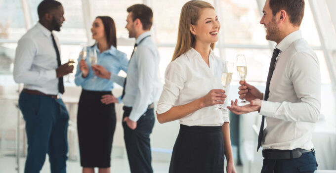 5 Easy Ways You Can Find a Date to Your Next Business Party