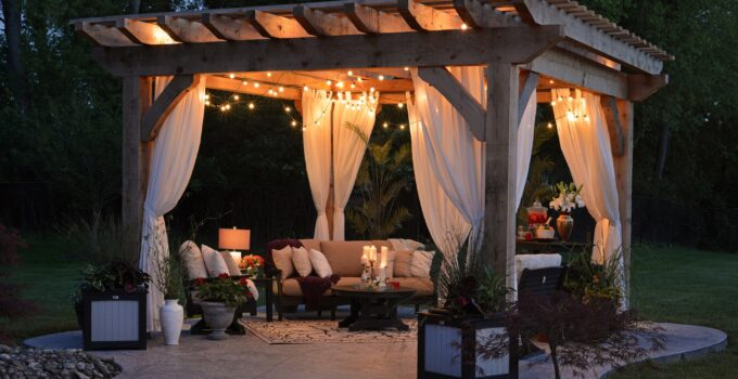 3 Ways To Know If You Can Leave Your Patio Furniture Out All Year